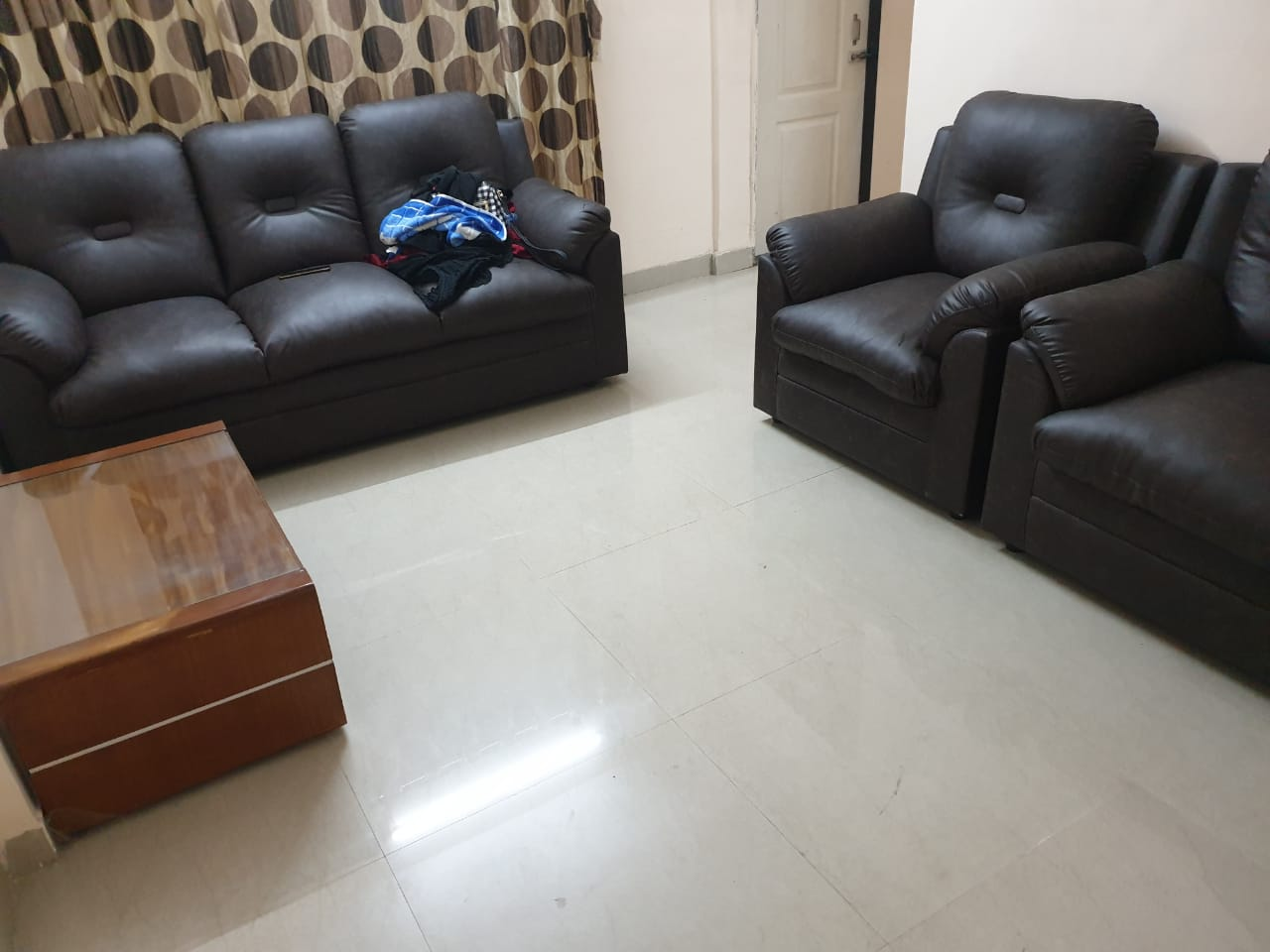 1 BHK Fully Furnished Flat for Rent in Goregaon West S.V. Road